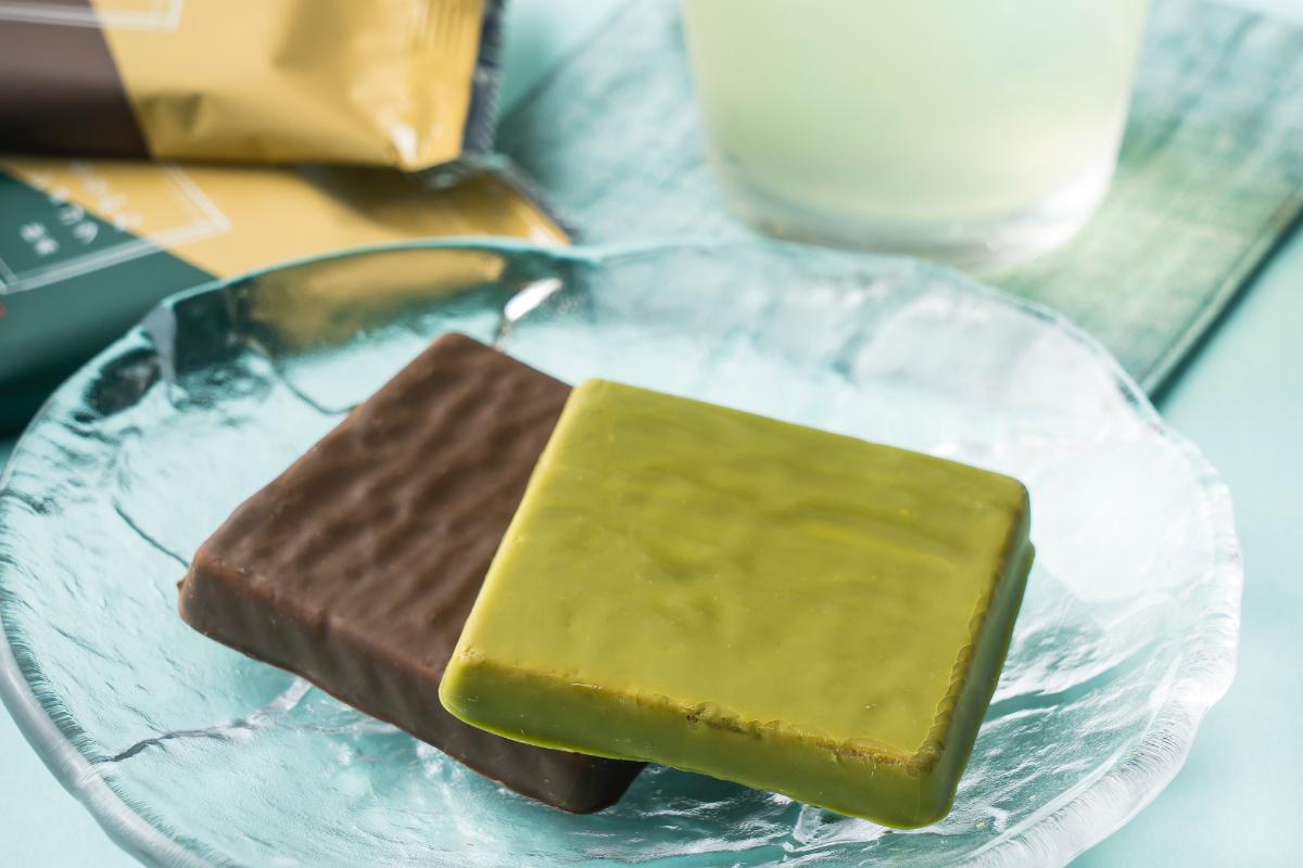 冷凍庫で冷やせば、パリサク食感が楽しめる!「夏のもなかわショコラ」を通販限定で販売!